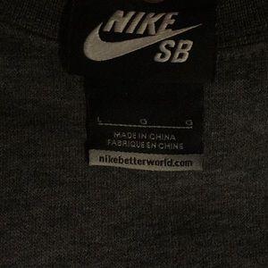 Nike Sweaters - Nike sb crew neck sweatshirt